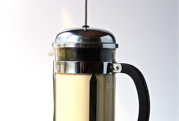 5 INGENIOUS WAYS FOR HOW TO USE A FRENCH PRESS (STEP-BY-STEP PHOTOS)