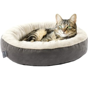 Love's Cabin Round Donut Cushion Bed Best Cat Bed