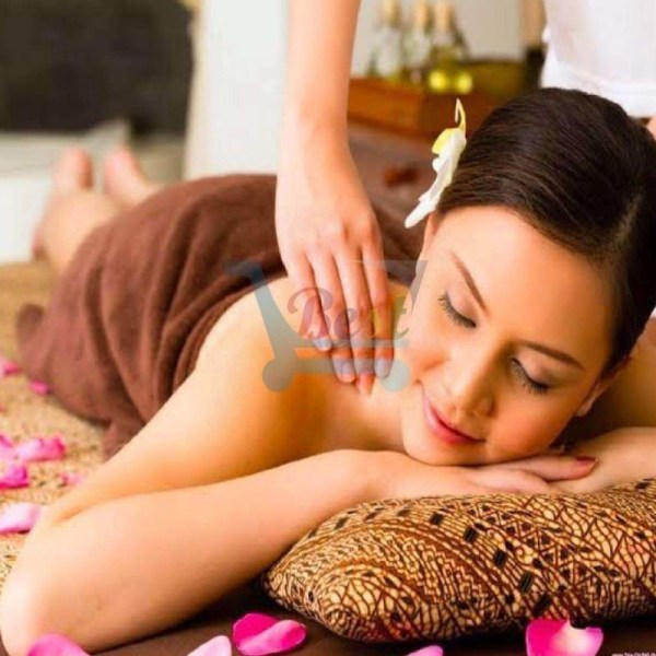 Sunset Reef Resort and Spa Full Body Massage