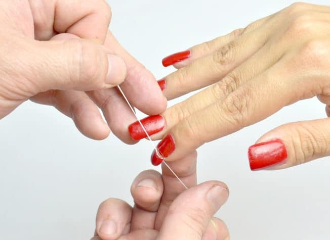 Using Acetone Nail Polish Remover On Acrylic Nails