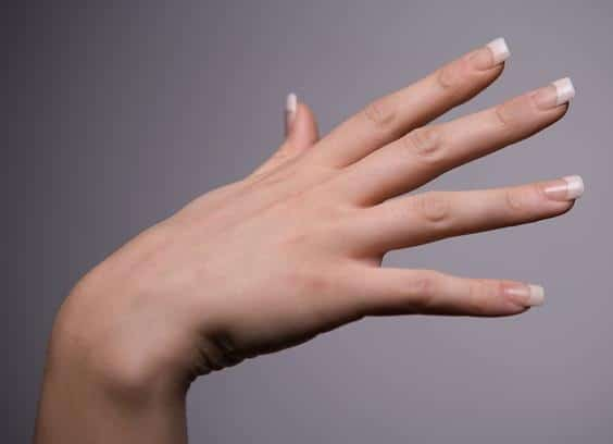 How Long Do Acrylic Nails Last