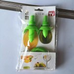 2Pcs-set-Home-Kitchen-Gadgets-Lemon-Orange-Sprayer-Fruit-Juice-Citrus-Spray-Cooking-Tools-Accessories-Accesorios-2