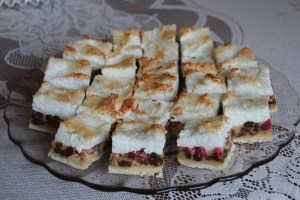 Rhubarb Raisin Meringue Squares