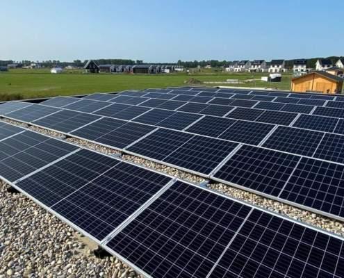 Meerdere platte zonnepanelen