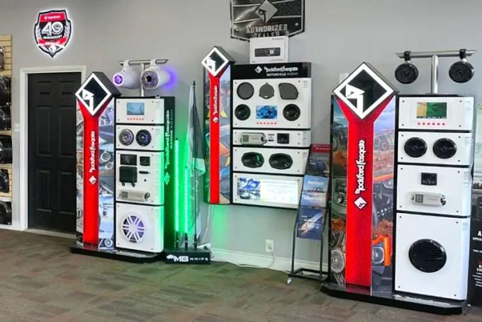 The hi-fi shop