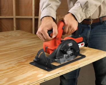 Black & Decker BDCCS20B 20-Volt MAX Lithium-Ion Circular Saw Bare Tool, 5.5-Inch