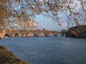 Garonne_River_Toulouse
