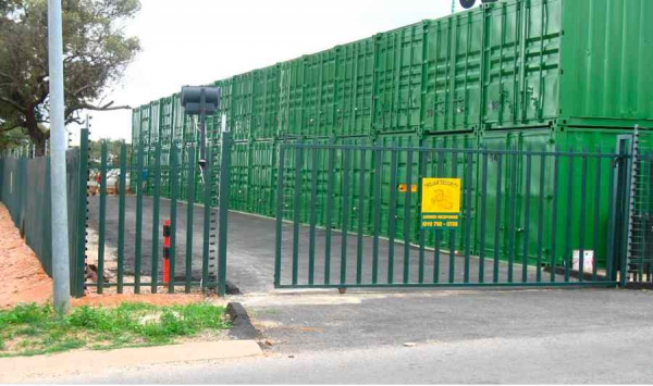 Apple Storage Consumer Goods And Services In Randburg