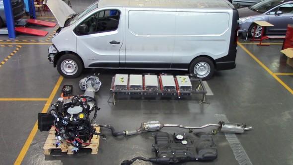 Renault_carwatt3
