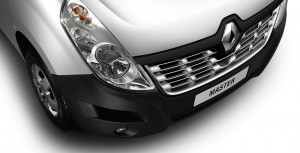 Renault Master detail front_02
