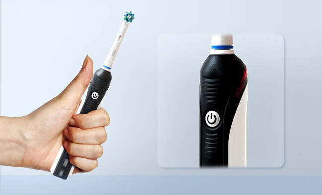 Oral-B Pro 1000 Rubber handle