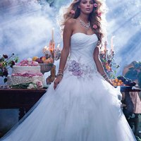 Fairy Tale Wedding Dresses: Look Like a Princess!