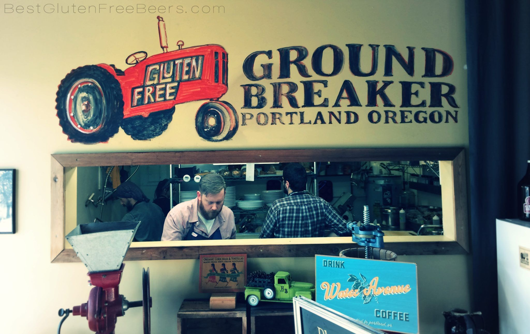 Taproom Experience: Ground Breaker Brewing - Chef Neil in the kitchen!