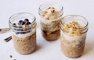 overnight oats breakfast jars