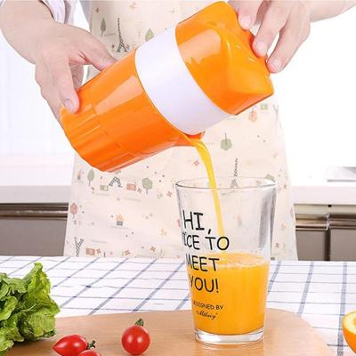 Portable Manual Citrus Juicer for Orange Lemon Fruit Squeezer 100% Original Juice Child Healthy Life Potable Juicer Machine