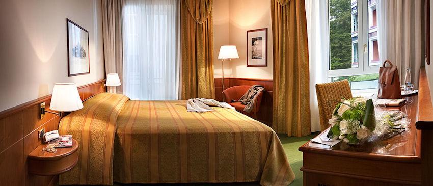 Hotel Cavour, Milan Italy (near La Scala and the Duomo)