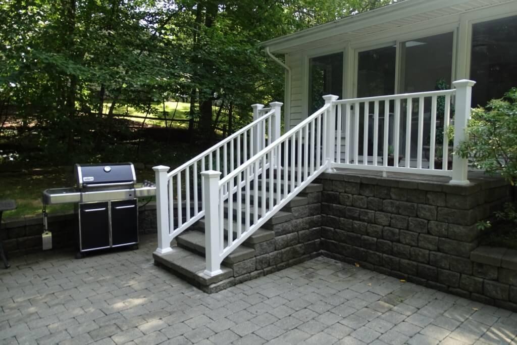 Ny Ct Vinyl Deck Railing Systems Aluminum Deck Railing | Vinyl Railings For Outside Steps | Balusters | Composite | Wood | Precast Concrete Steps | Railing Installation