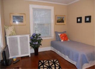 older-colonial-in-millburn_second-bedroom