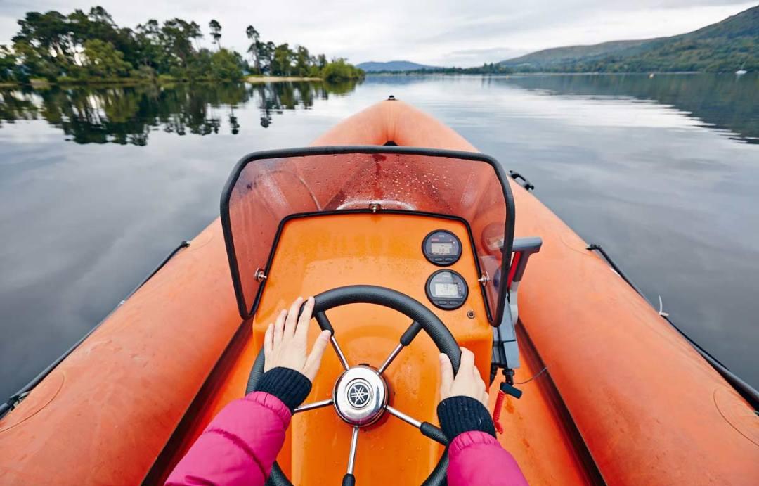 Rib-Boat-Loch-Lomond-Ecosse