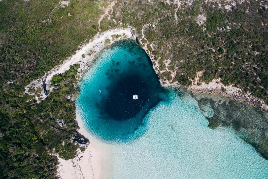 Trou bleu long island bahamas