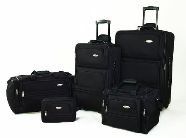 Samsonite 5 Piece Nested Luggage Set Review
