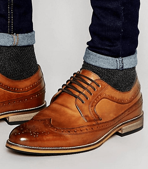 How to Quickly Fix Squeaking Leather Shoes