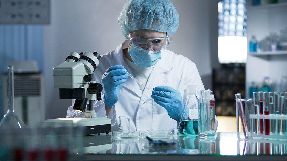 Είμαστε κοντά σε παραπάνω από μία θεραπείες, δηλώνει κορυφαία λοιμωξιολόγος