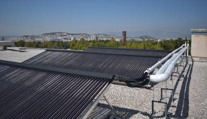 ZEOSOL: Πρωτοποριακή εγκατάσταση ηλιακής ψύξης-θέρμανσης από το ΕΜΠ