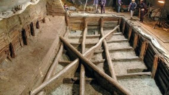πισίνα ξύλο βελανιδιάς