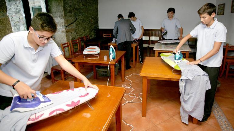 σχολείο Ισπανία δουλειές