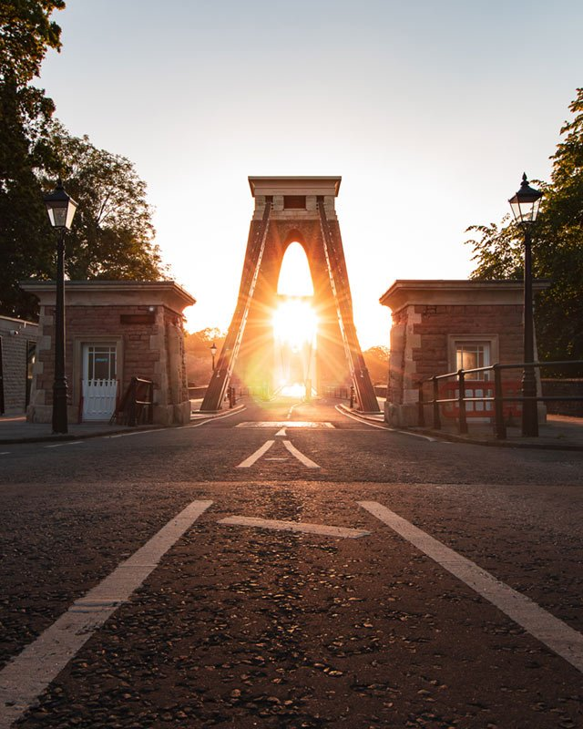 clifton suspension bridge sunrise