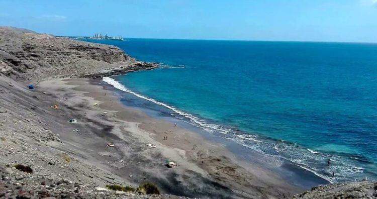 playa montaña de arena gran canaria