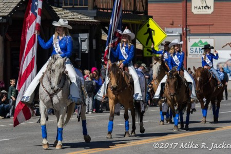 Old West Days Parade 2017: Kids, Horses,...