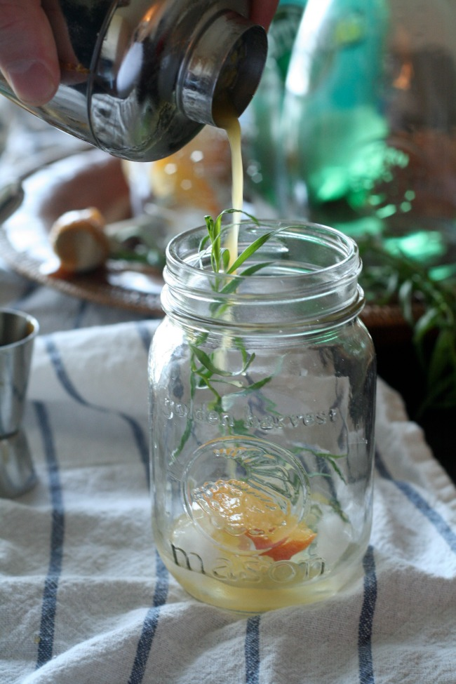 Roasted Peach and Rosemary Fizz Drink #mocktail #perrier