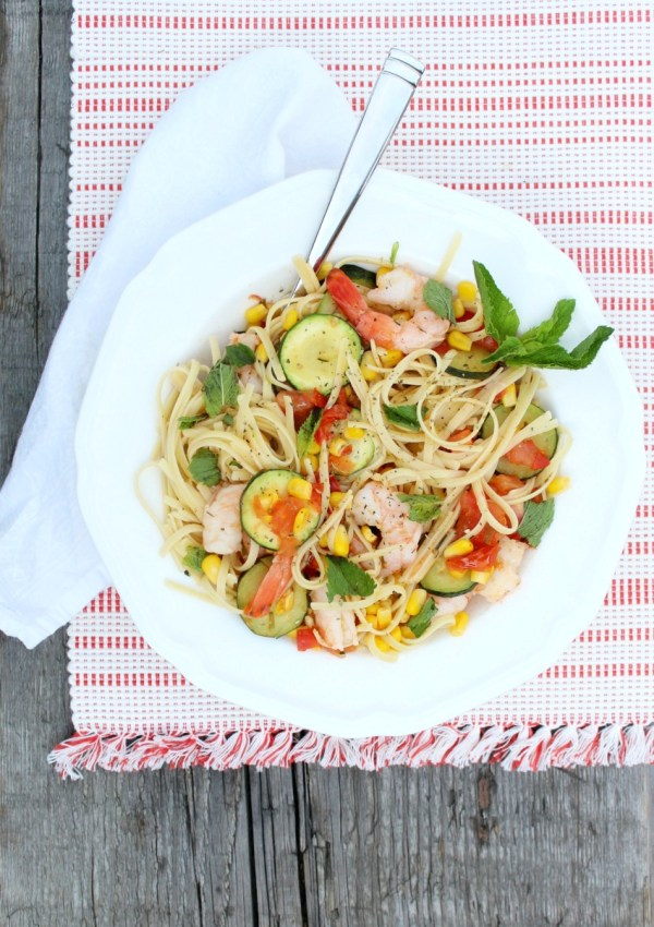 Gluten-Free Linguine with Shrimp and Vegetables