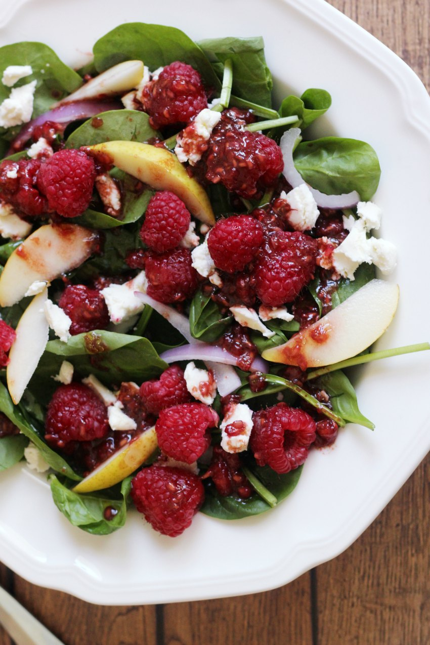 raspberry-pear-spinach-salad-850x1275