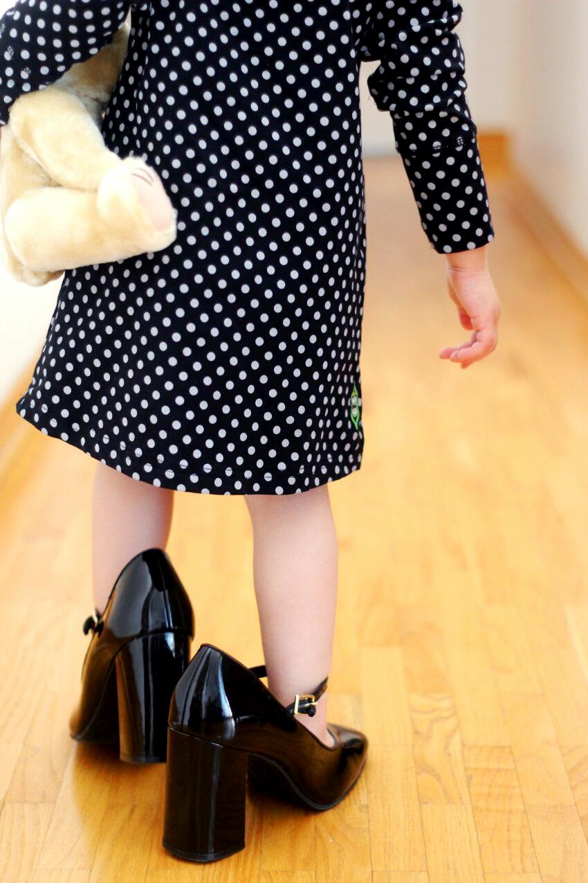 peekaboo-beans-polka-dot-dress-winter