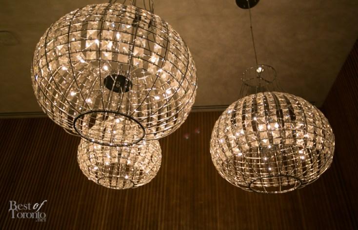 Glitter-in-Macau-SickKids-BestofToronto-2014-030