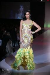 Melani Chong wearing Whitney Linen with jewelery by Rita Tesolin