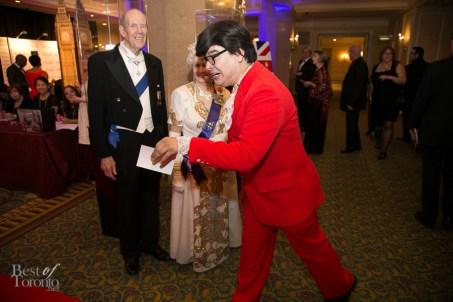 Austin Powers photobombing the Queen