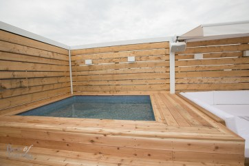 The new hot tub on the upper deck