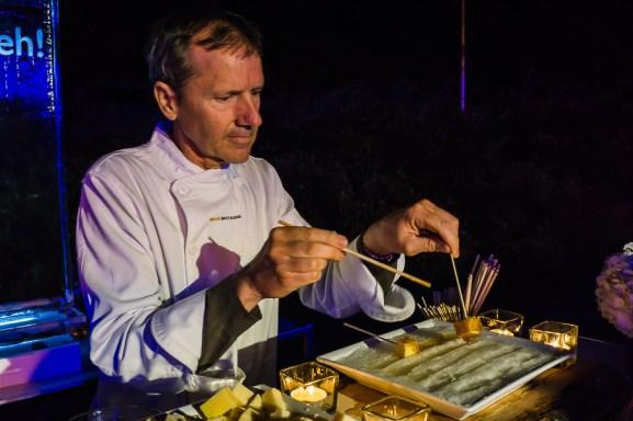 Ninutik SASSeh preparing maple taffy with cheese