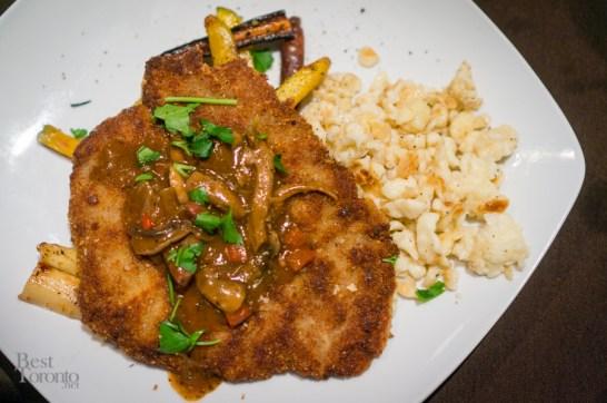 Jaegar veal schnitzel with spätzle | Photo: John Tan