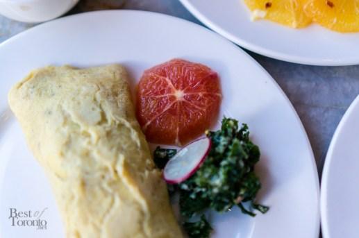 Made to order omelette, grapefruit, kale salad