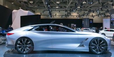 Side view of the Infiniti Q80 Inspiration Concept