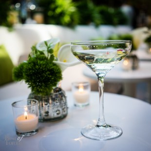 Cocktail with edible flowers