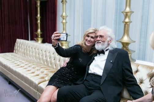 Jen Valentyne, Ronnie Hawkings take a selfie