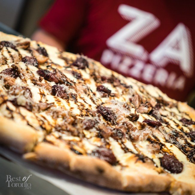 Duck and Grapes pizza