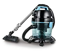 Vacuum cleaner with water filtration system