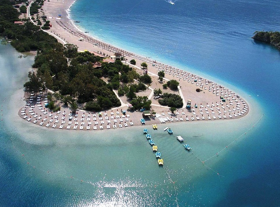 https://i2.wp.com/www.bestourism.com/img/items/big/7610/The-Blue-Lagoon-in-Turkey_Great-area_13177.jpg